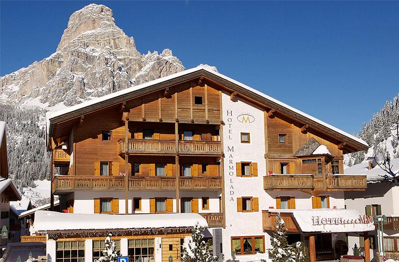 Hotel marmolada corvara in badia bolzano trentino alto - Hotel corvara con piscina ...