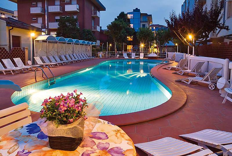 Hotel rosalba bellaria igea marina rimini emilia romagna - Hotel con piscina bellaria ...