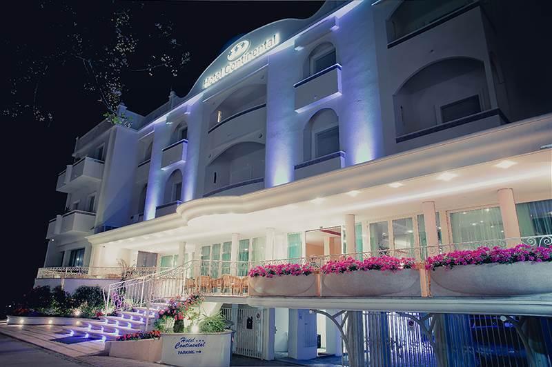Hotel continental gatteo a mare forl cesena emilia for Gardini per arredare gatteo fc