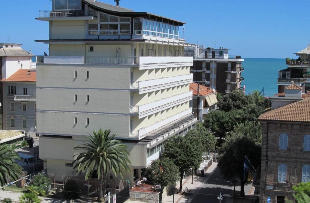 Hotel Gabbiano Porto San Giorgio, Fermo, Marche - allhotel.it